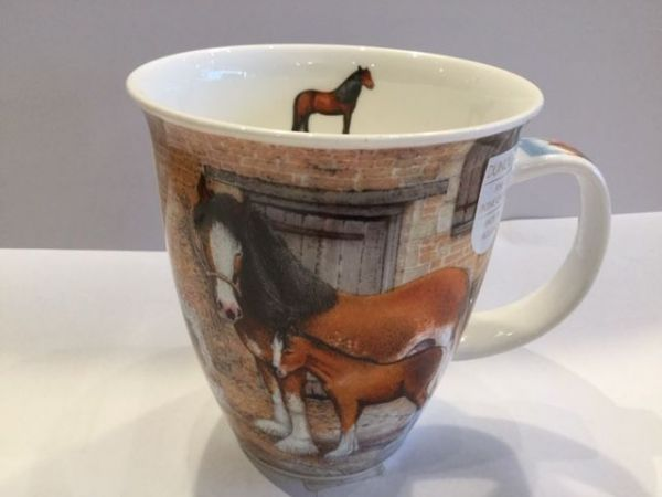 Porzellan Tassen Modell Nevis (Pferde)