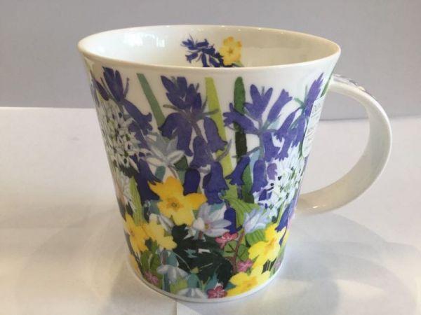 Porzellan Tasse (Blumen)