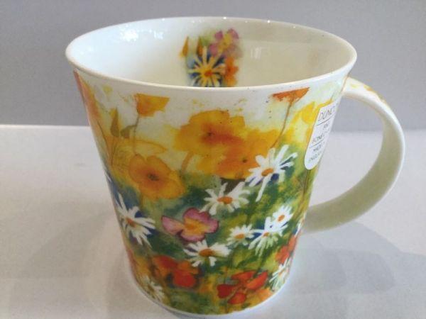 Porzellan Tassen (bunte Blumenwiese)