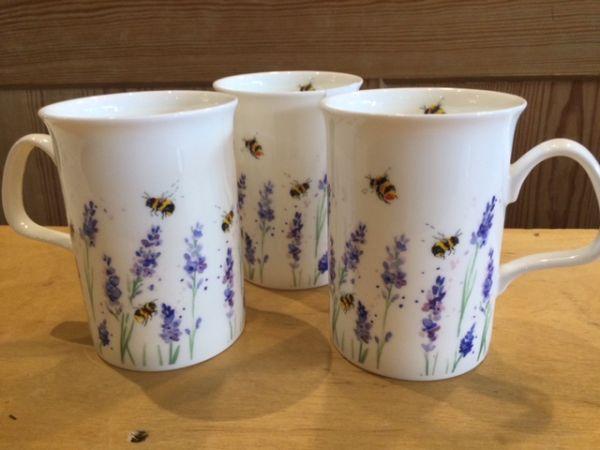 Porzellan Becher Lavendel Bees