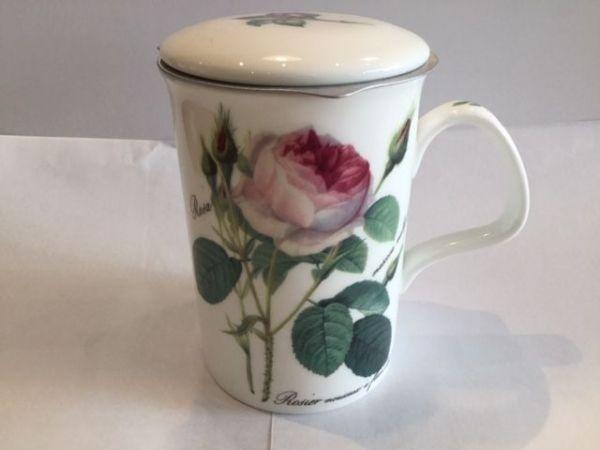 Porzellan Becher mit Edelstahl Filter und Porzellan Deckel (Rose)