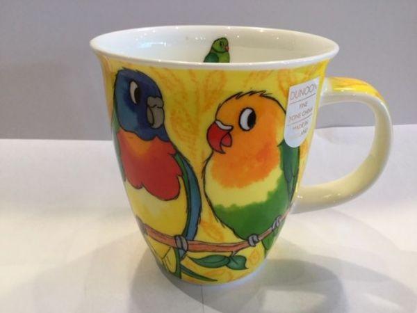 Porzellan Tassen Modell Nevis (kleiner Papagei)